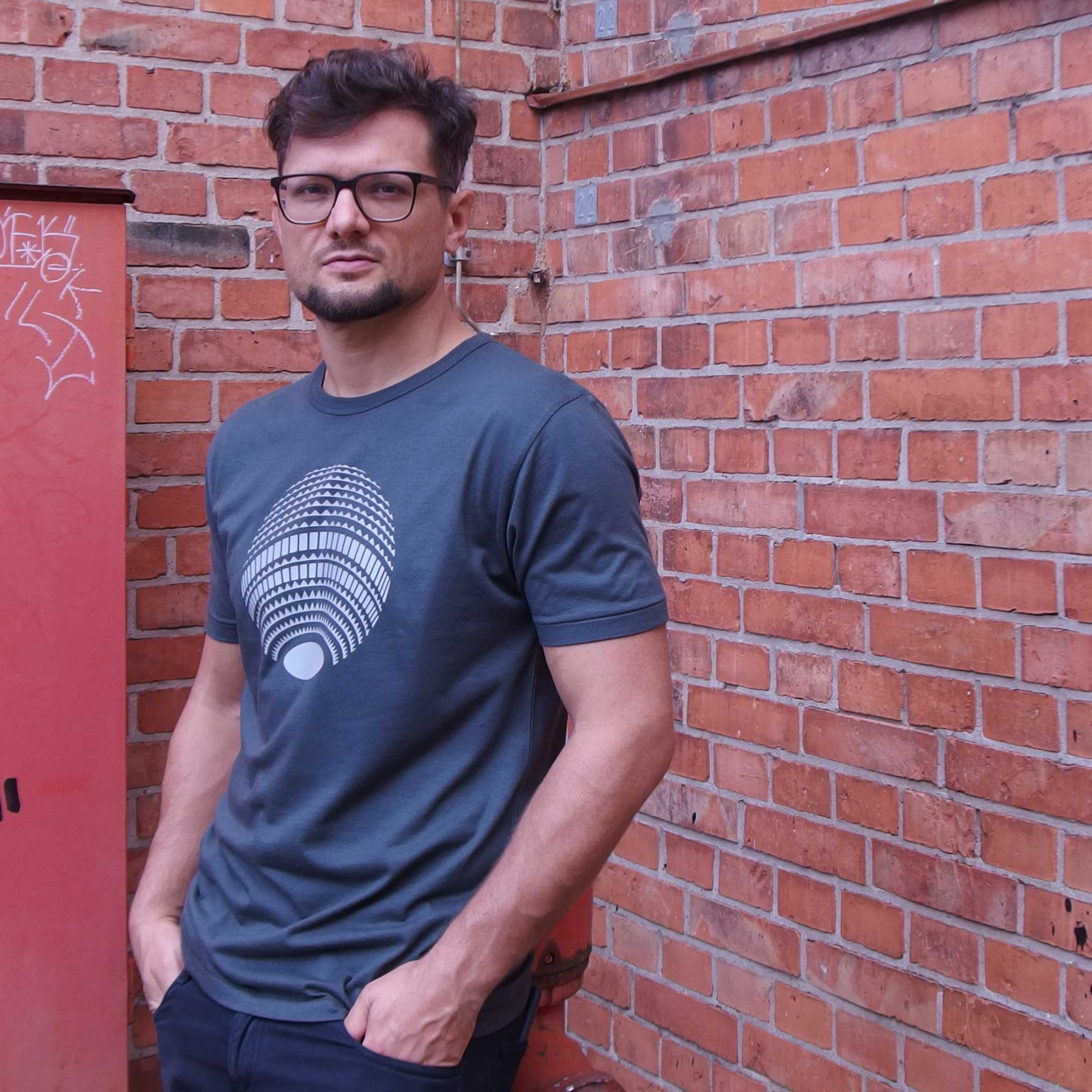 Berlin Fernsehturm Disco Shirt grau Mann