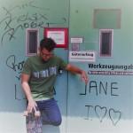 Berlindesign Shirt Motiv Plattenbau grün